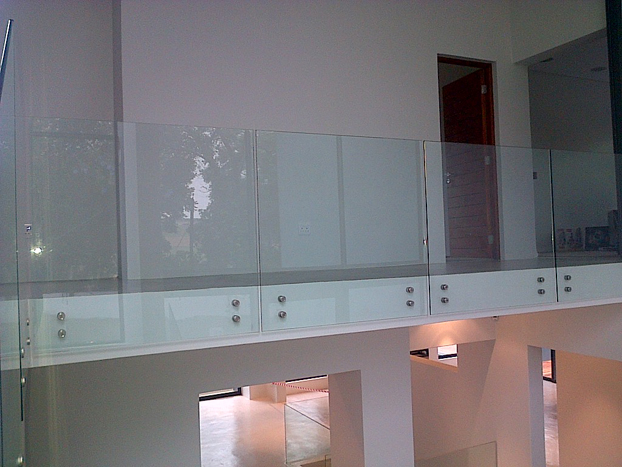 Frameless Balustrade Frameless Sliding Doors